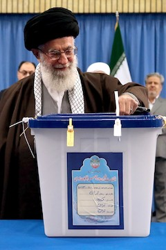 Ali_Khamenei_in_2016_election