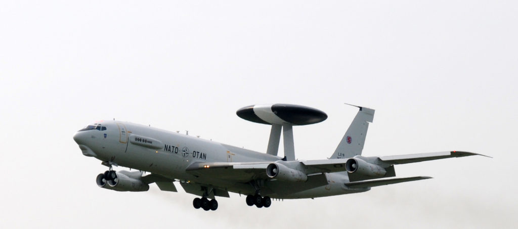 Letoun Boeing E-3 Sentry, AWACS